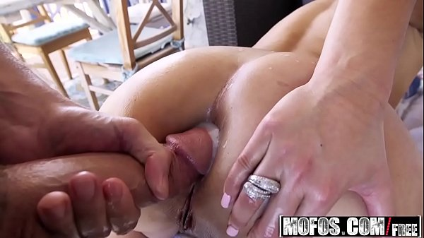 (Alana Luv) – Blonde MILFs Anal Experiment – Lets Try Anal