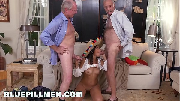 BLUE PILL MEN – Frankie & Jack Moore Go South Of The Border On Victoria Valencia