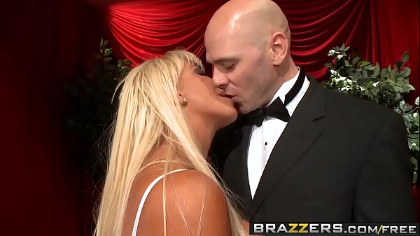 Brazzers – Milfs Like it Big –  Fun at the Opera scene starring JR Carrington and Johnny Sins