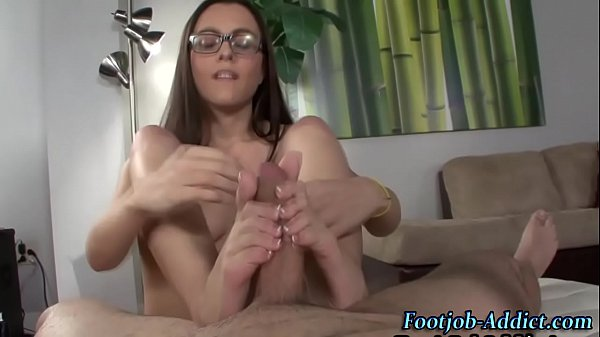 Femdom babes toes cum on