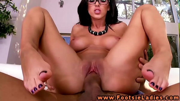 Foot babe in spex feet and pussy fucked in high def