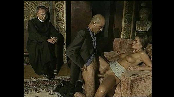 Il ritorno di Don Tonino (1999) – Blowjobs & Cumshots Cut