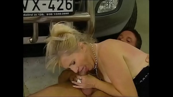 Mature women hunting for young cocks Vol