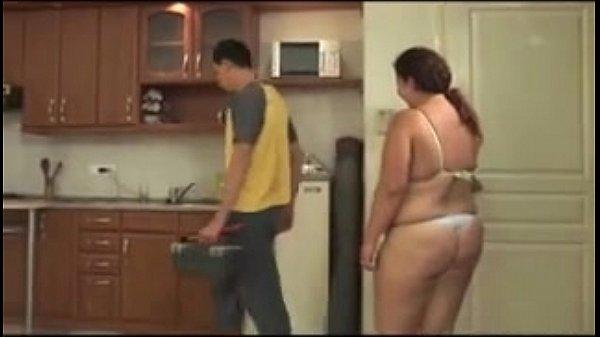 MM BBW Brunette fucks the plumber