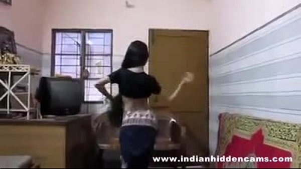 Sexy Indian College Teenager Dancing