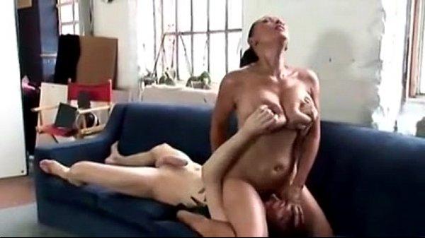 stunning milf doing body massagep -More on REALMASSAGEHEAVENTK