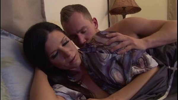 Upset mother calmed by stepson – more videos on amateurcamscf